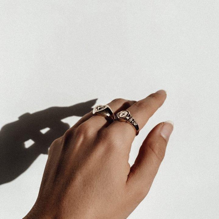 Juliet Signet Ring GOLD